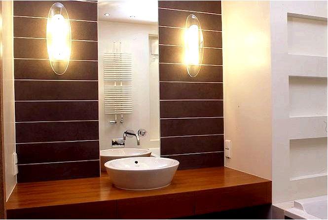 16X дерево в ванной, что выбрать и как использовать интересные решения фото