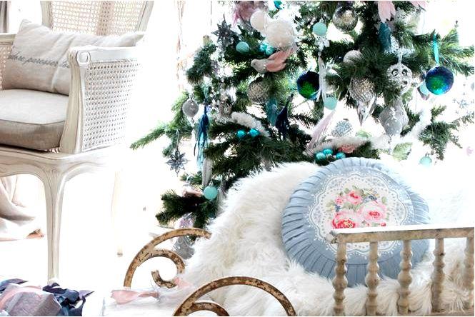 20 Самых красивых идей, как украсить елку! фотографий