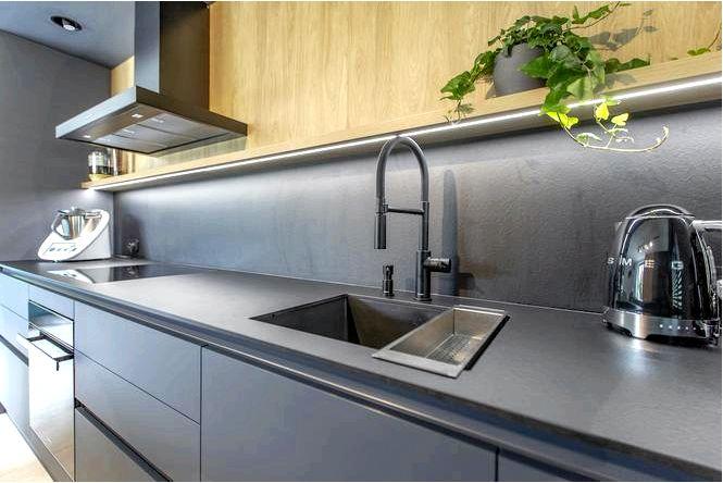 30 Идей для красивой стены над стены на кухне — стекло, обои, дерево