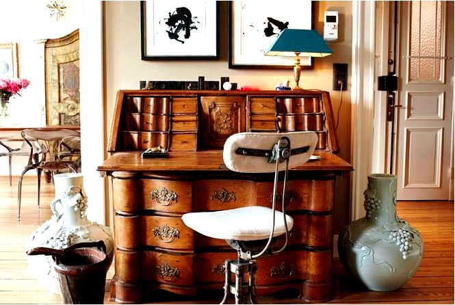 Антиквариат письменного стола, секретарши, комода schreib, т.е. старая письменная мебель