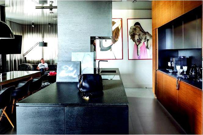 Обустройство кухни в черном цвете и венге — шикарная квартира для мужчины