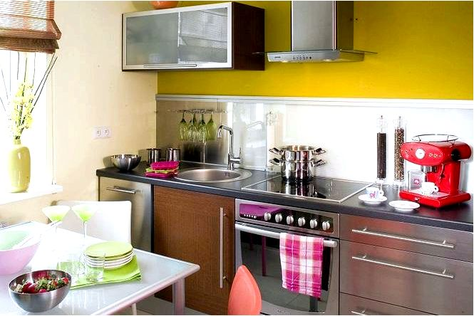 Обустройство кухни, отделка стен