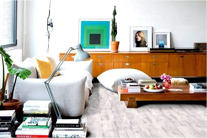 Обустройство мебели не сопряживает выставочный зал, т.е. тренд несовпадения
