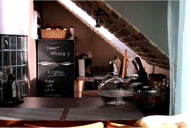 Обустройство интерьеров мансарды, гостиной с кухонным уголком, дизайн arte-interni