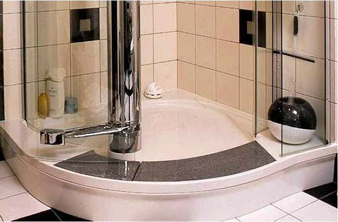 Санузел с душевой кабиной — не только для любителей быстрых ванн