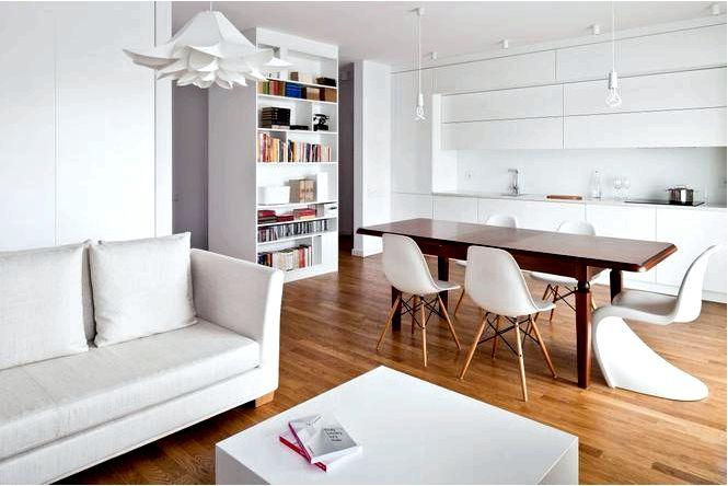 Белый интерьер в урсыновском районе варшавы, квартира в многоквартирном доме