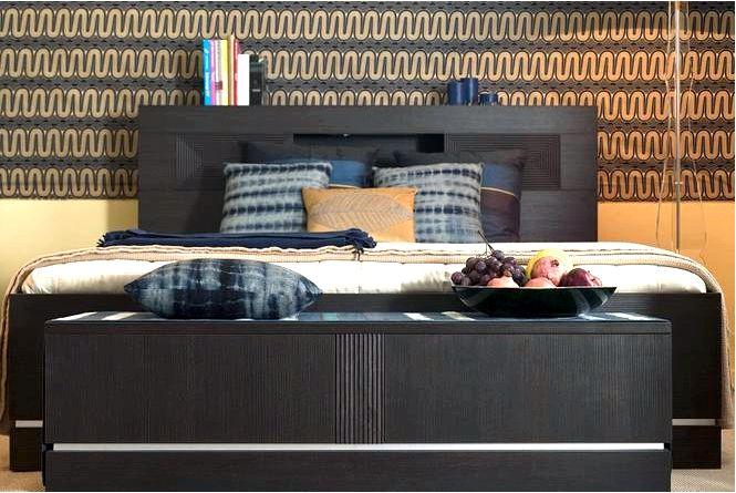 Настенные украшения в спальне обзор самых популярных идей отделки стен