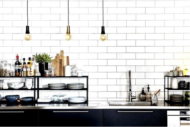Идея декоративных лампочек и ламп из прозрачного стекла для красивого освещения