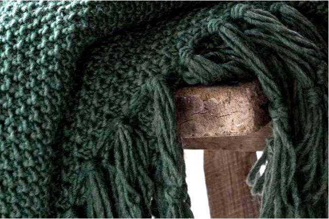 Декоративные аксессуары, одеяла и подушки согреют нас и наш дом осенью