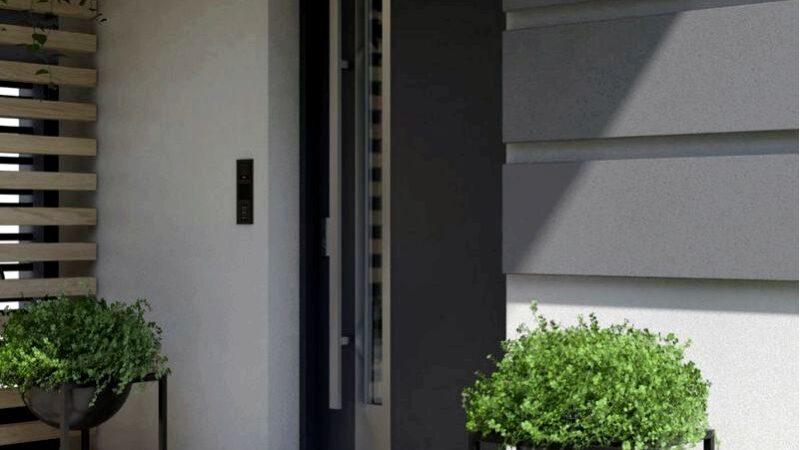 Наружные двери с пвх шпоном или деревянными, которые лучше