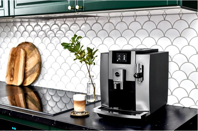 Кофемашина jura e8 в новой версии