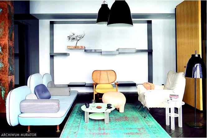 Великолепный дизайн интерьера с модной медной гравировкой на заднем плане!