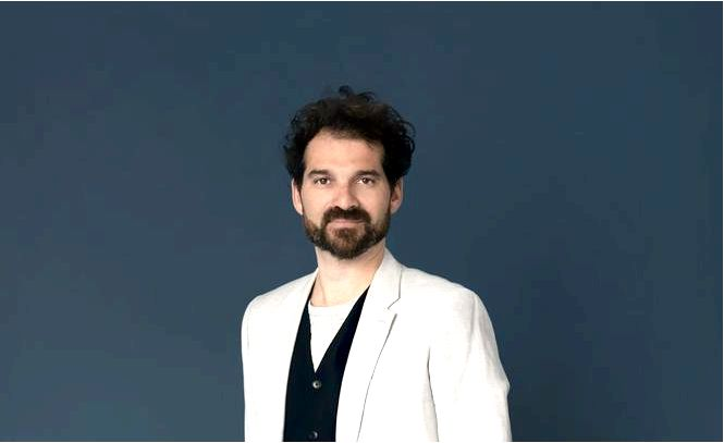 Хайме хайон, испанский дизайнер продуктов, означает, что дизайн встречается с искусством