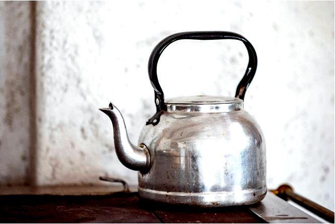 Как очистить классический чайник и электрический чайник домашние средства от известкового налета и отложений