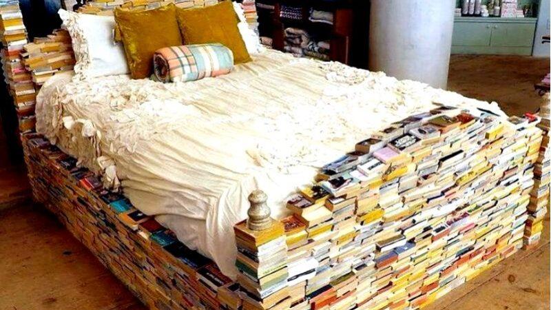 Как украсить книжный уголок дома практические советы