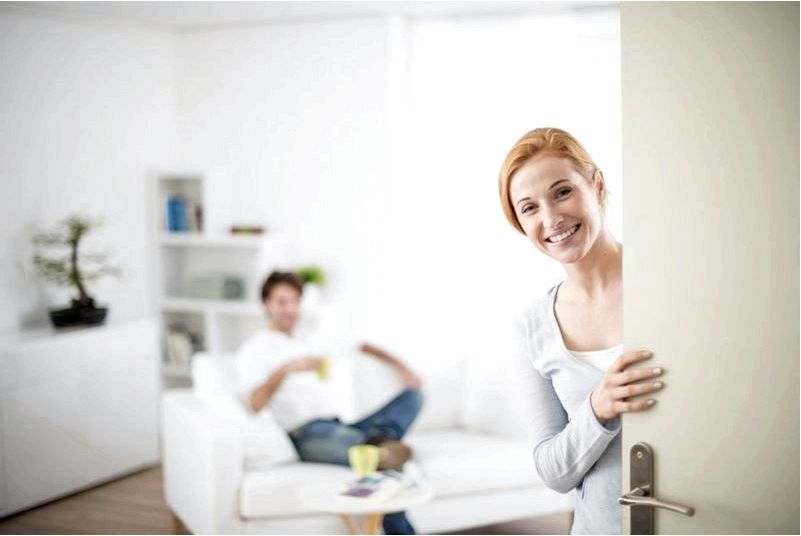 Как заменить дверь в квартире-несколько практических советов