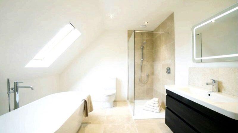 Покраска стен в ванной комнате-когда решиться на это и